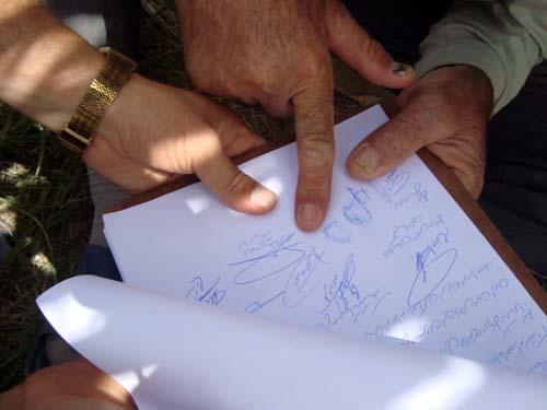 اعتراضات در محکومیت آزار خانواده های گروگانهای در کمپ لیبرتی توسط باند رجوی
