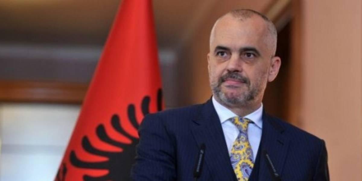 نخست وزیر آلبانی جای ظالم و مظلوم را اشتباه گرفته است / جناب نخست وزیر در آستین مار پروانده اید