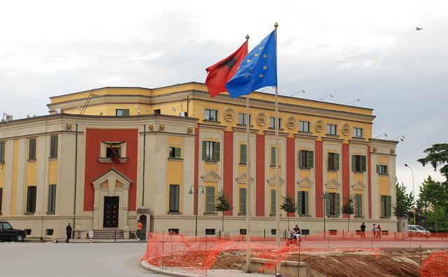 مسیر آلبانی برای عضویت در اتحادیه اروپا