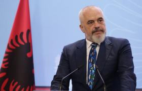 نخست وزیر آلبانی از صدور کارت شهروندی برای جداشدههای فرقه رجوی خبر داد / ناقوس نابودی فرقه رجوی در آلبانی نواخته شد