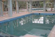 افشاگری برای اولین بار: تصاویر استخر خصوصی مسعود رجوی در داخل مقر زنان / رجوی در جمع بدن زنان را به شوخی لمس میکرد