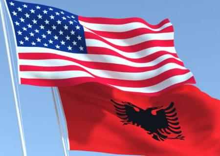 آلبانی نمیتواند خود را از زیر سلطه آمریکا خارج کند