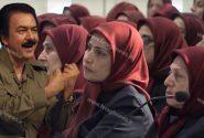 یادداشت طنز ژورنالیستی از «وحیده پیمان» به مناسبت گیس و گیسکشی در بین زنان رده بالای فرقه رجوی: خواهران چشم رنگی در کاسه برادر مسعود!